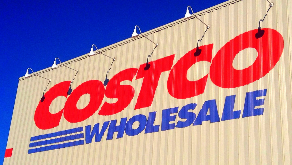 Nov 24,  · 10 Things That You Should Absolutely Buy from Costco Canada. Having a Costco Canada membership can lead to big savings in your household budget.