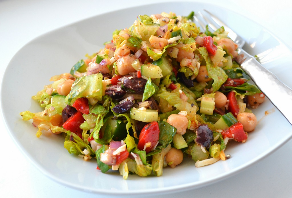 chopped-salad_taitle_1024